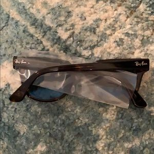 Ray-Ban Accessories - BRAND NEW Ray Ban Meteor sunglasses